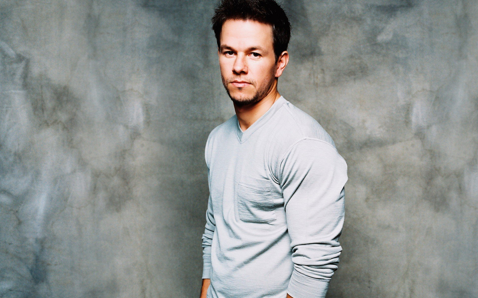 1920x1200 - Mark Wahlberg Wallpapers 30