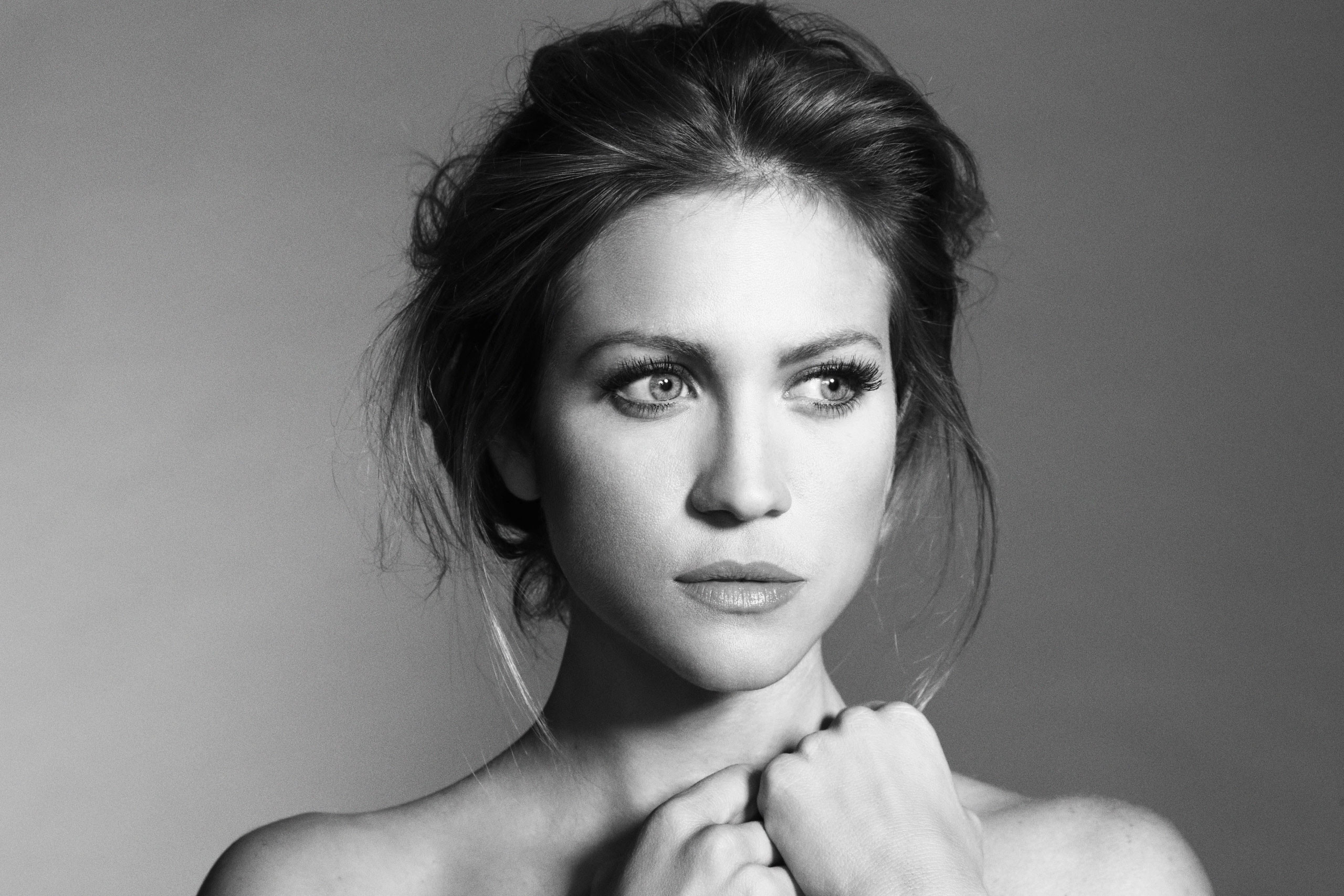2560x1707 - Brittany Snow Wallpapers 7