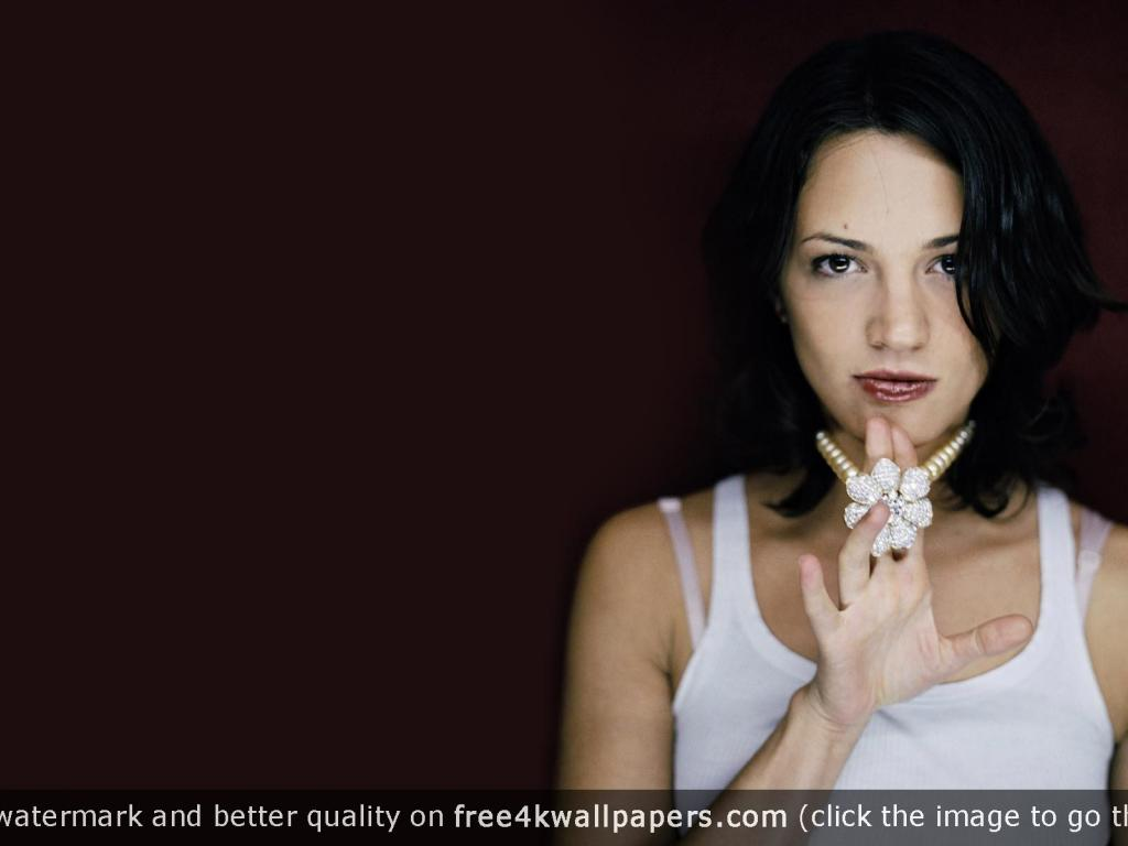 1024x768 - Asia Argento Wallpapers 31