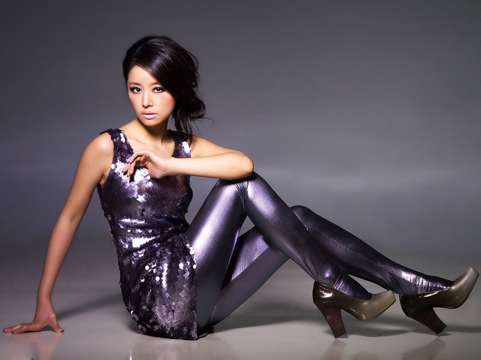 1600x1200 - Ruby Lin Wallpapers 3