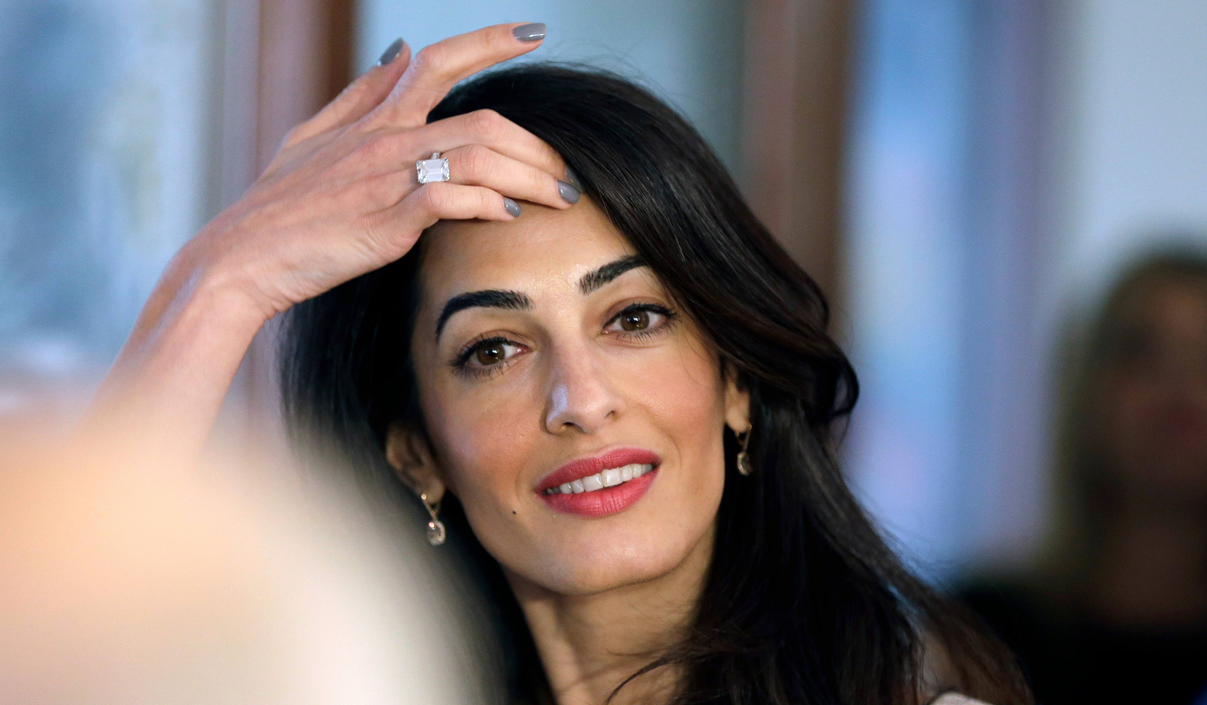 4050x2364 - Amal Clooney Wallpapers 20