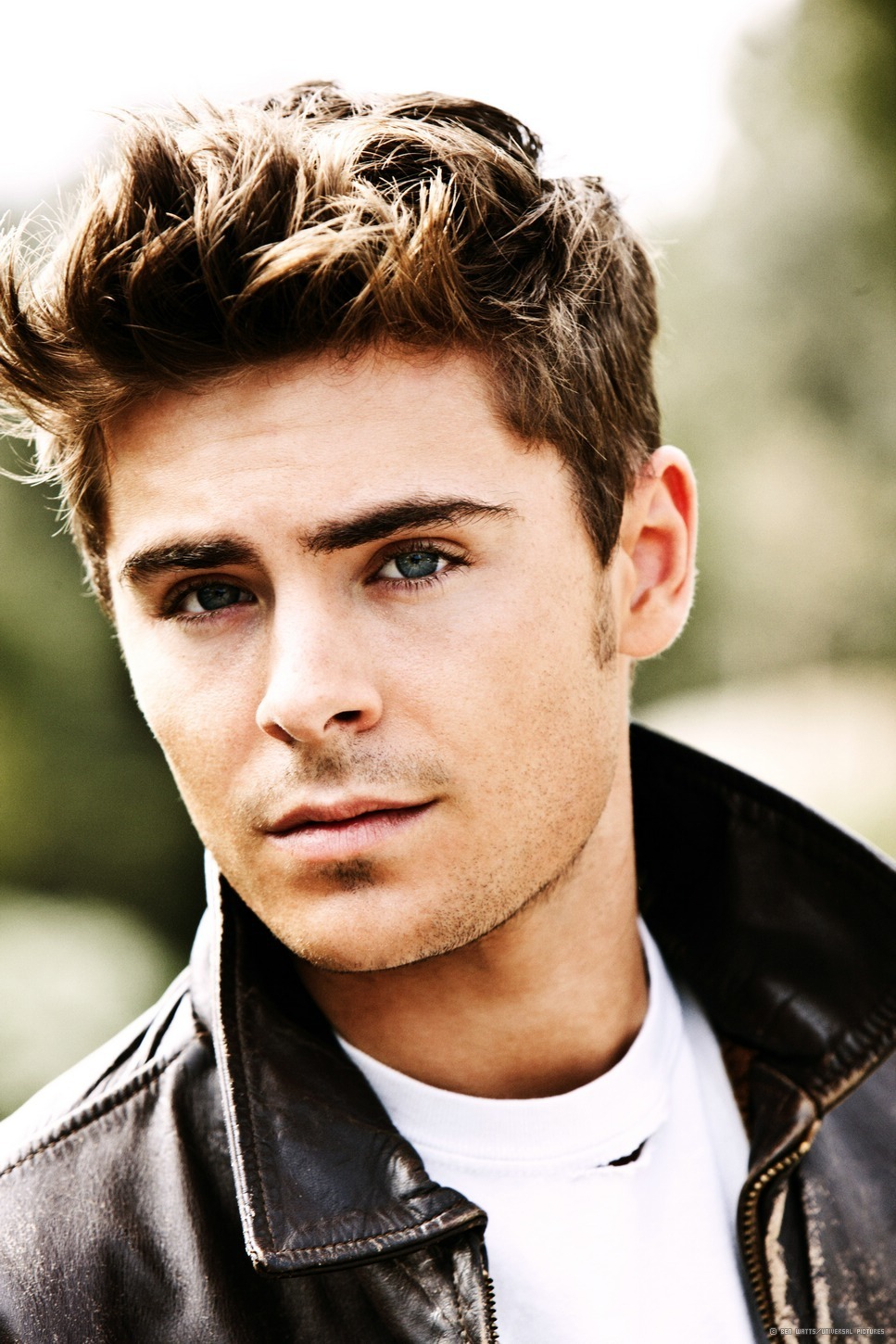 967x1450 - Zac Efron Wallpapers 23