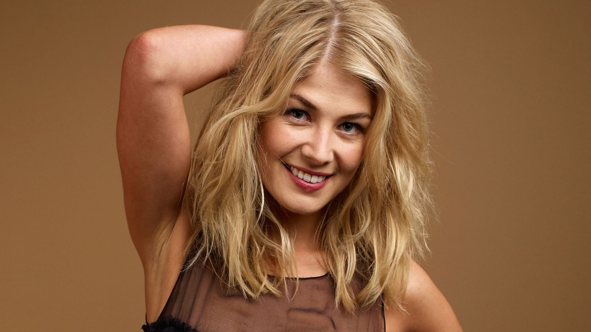 1920x1080 - Rosamund Pike Wallpapers 24