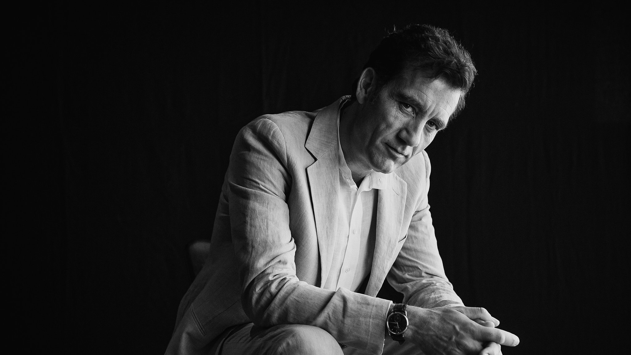 2048x1152 - Clive Owen  Wallpapers 9