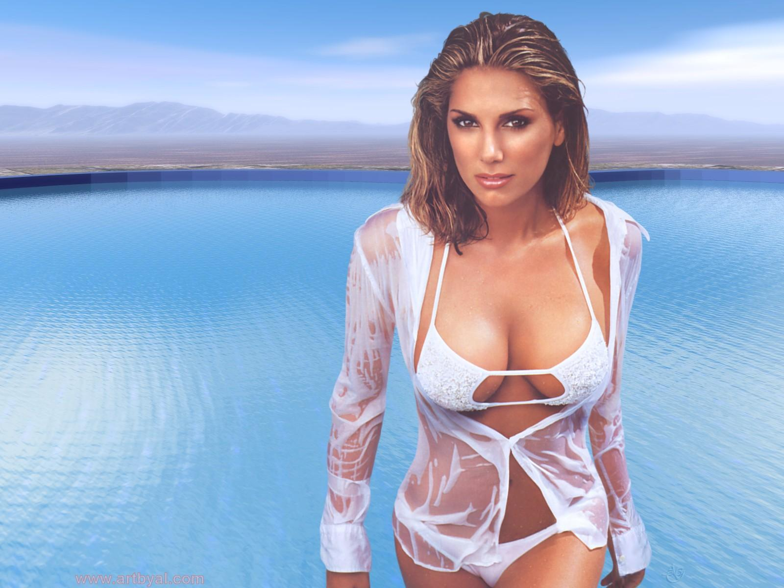 1600x1200 - Daisy Fuentes Wallpapers 28