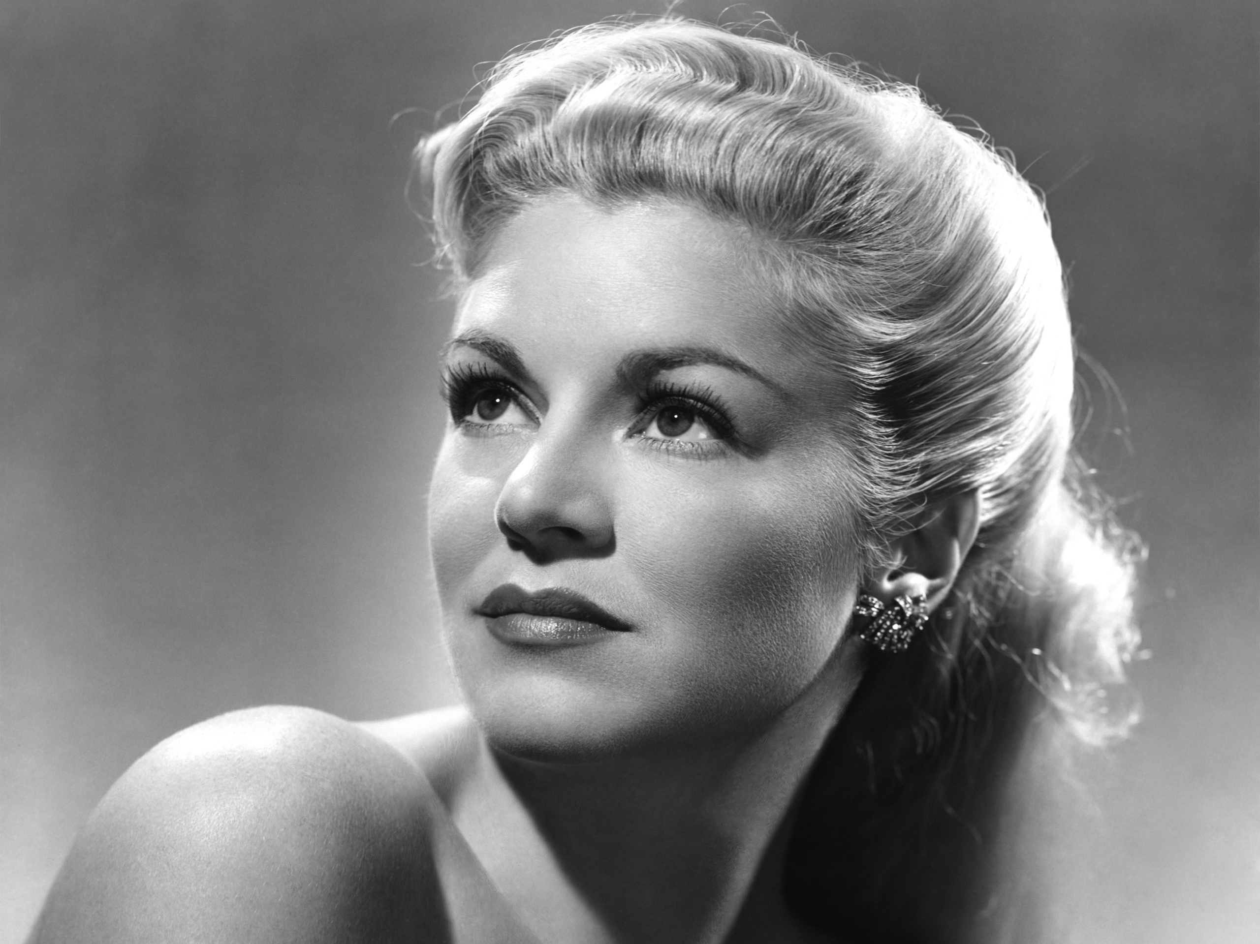 2560x1919 - Claire Trevor Wallpapers 8