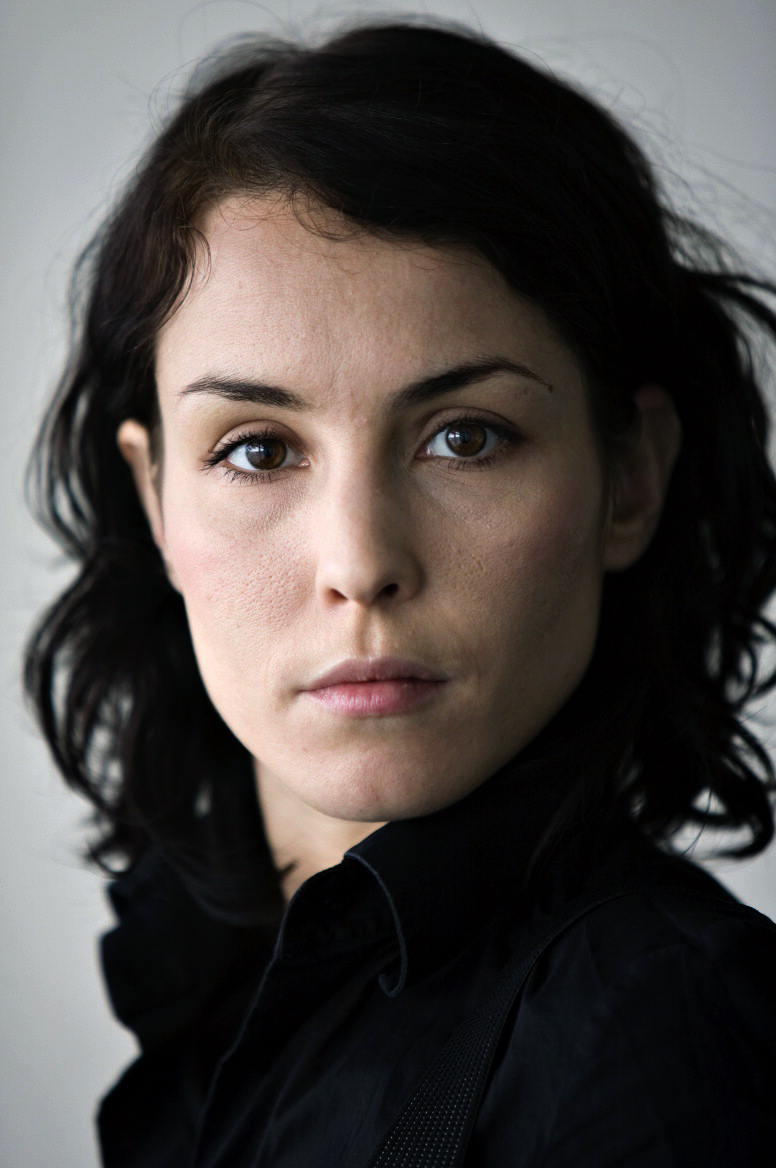 776x1168 - Noomi Rapace Wallpapers 7