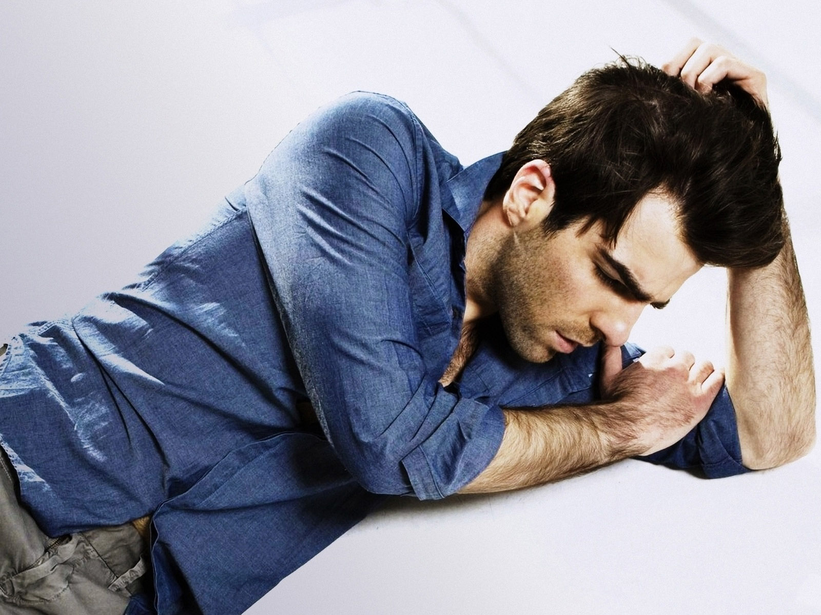 1600x1200 - Zachary Quinto Wallpapers 18