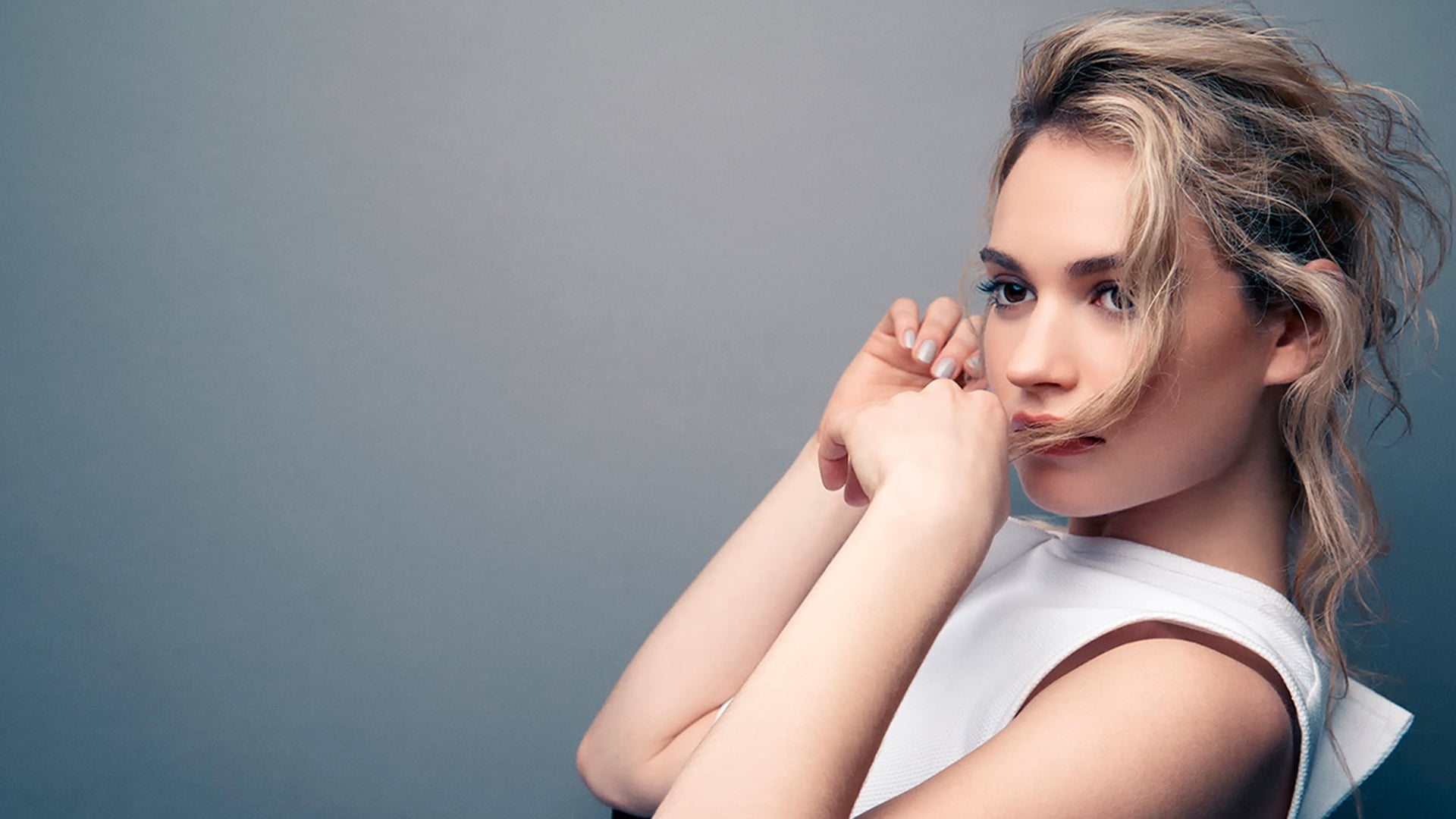 1920x1080 - Lily James Wallpapers 19