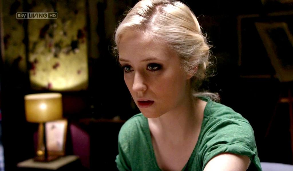 1024x600 - Lily Loveless Wallpapers 10