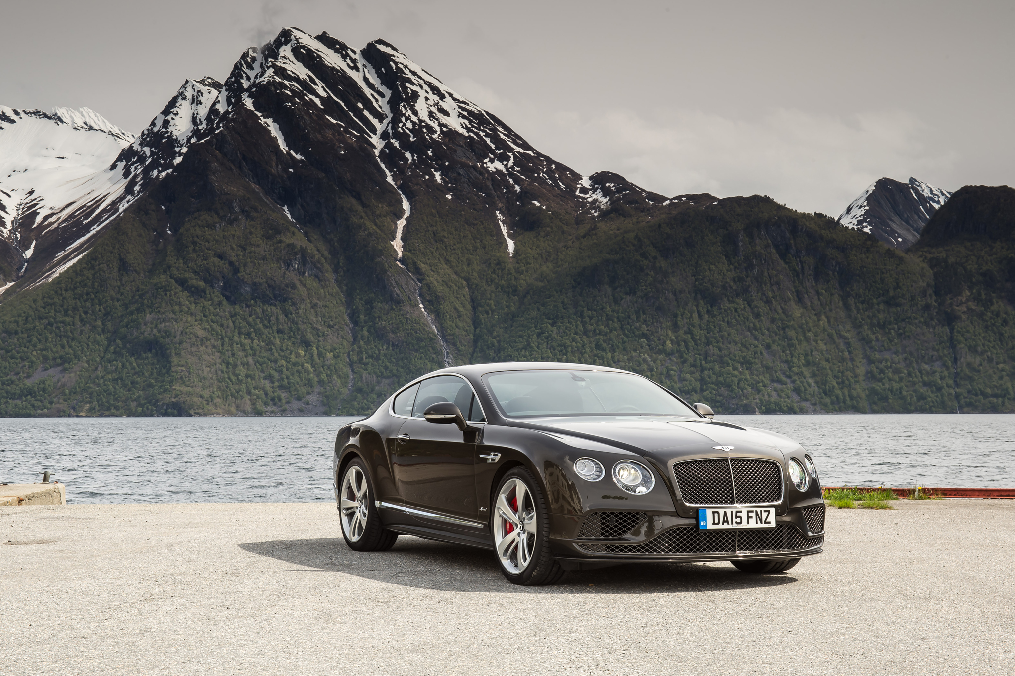 2040x1360 - Bentley Continental GT Wallpapers 15