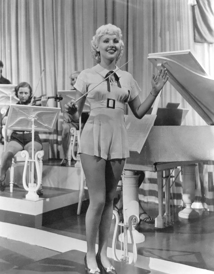 705x900 - Betty Grable Wallpapers 7