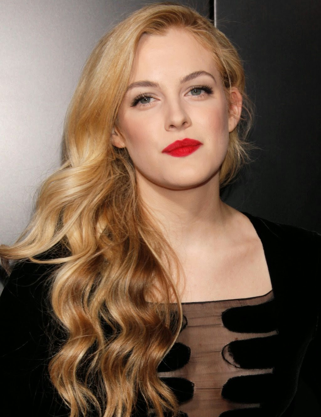 1024x1331 - Riley Keough Wallpapers 27