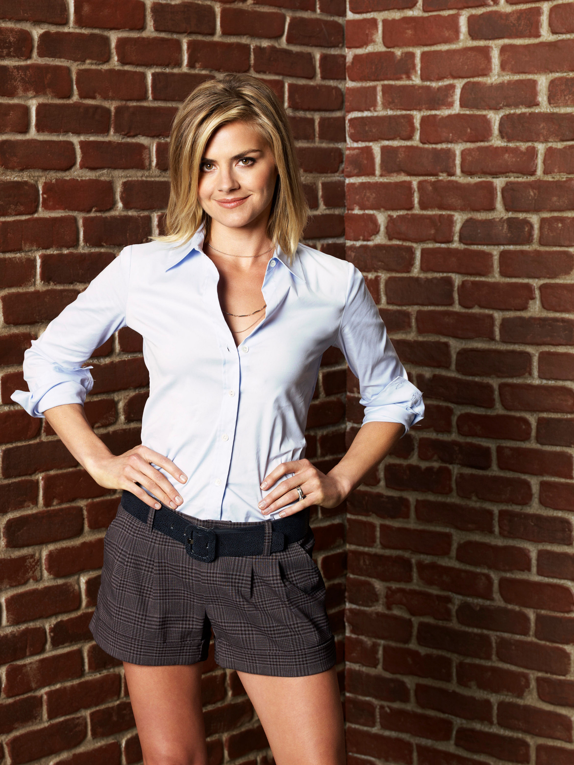 1920x2560 - Eliza Coupe Wallpapers 13