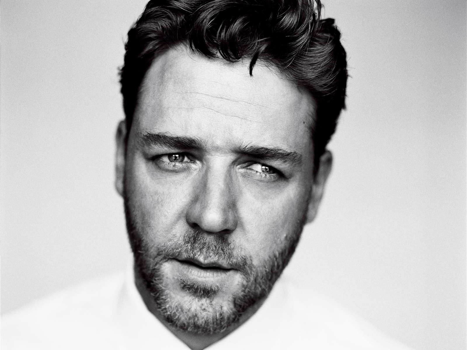 1600x1200 - Russell Crowe Wallpapers 8