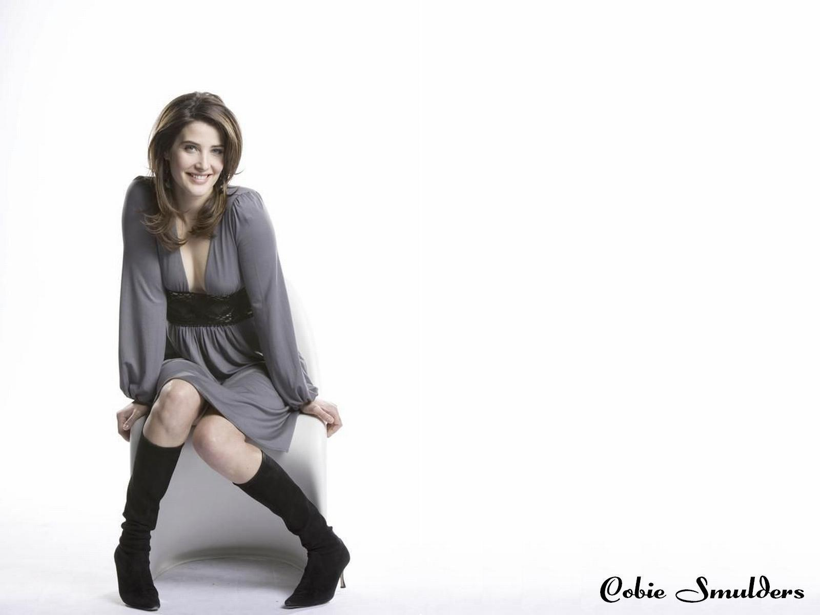 1600x1200 - Cobie Smulders Wallpapers 9