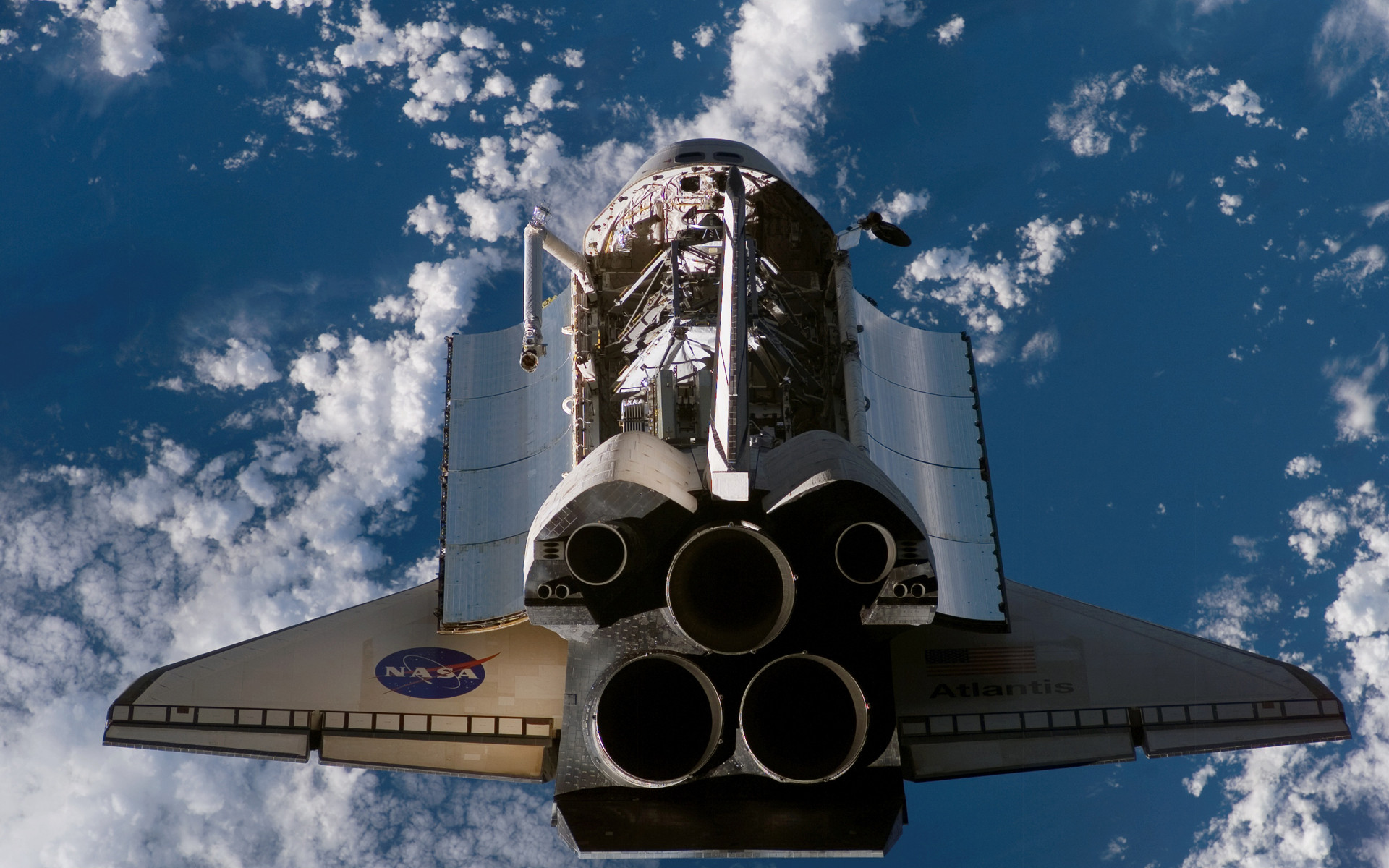 1920x1200 - Space Shuttle atlantis Wallpapers 7