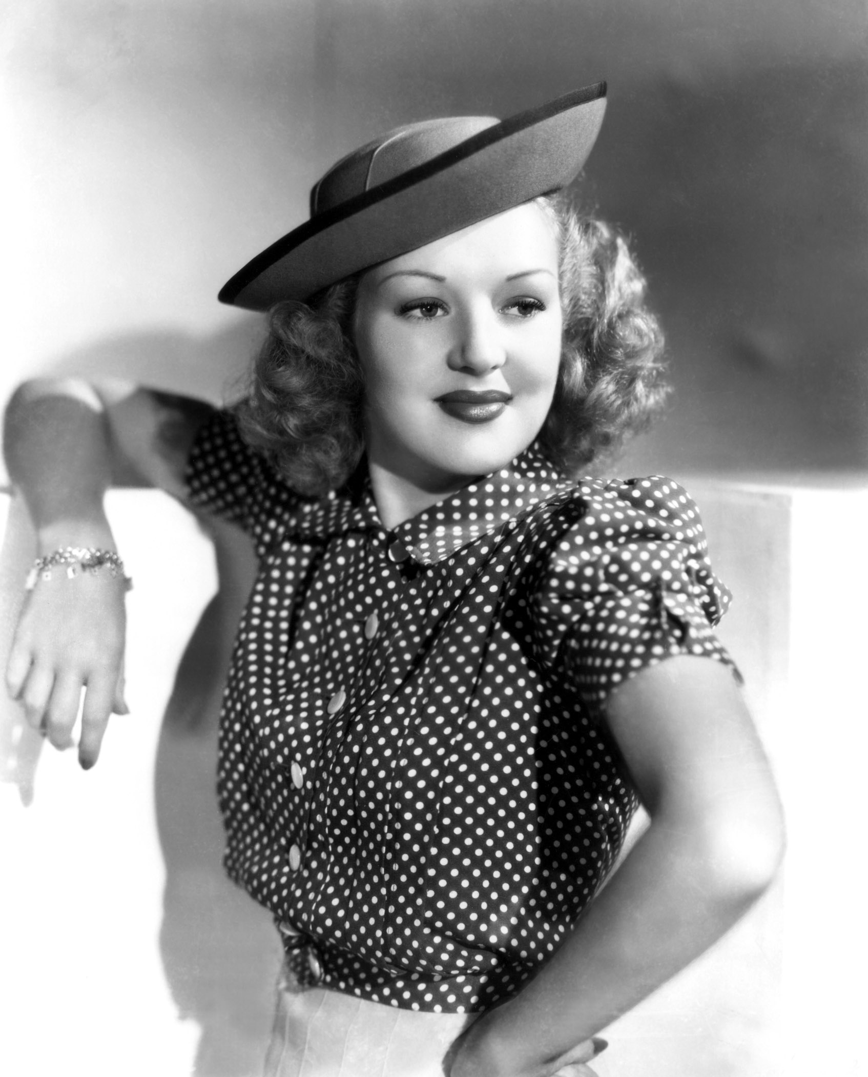 1694x2100 - Betty Grable Wallpapers 28