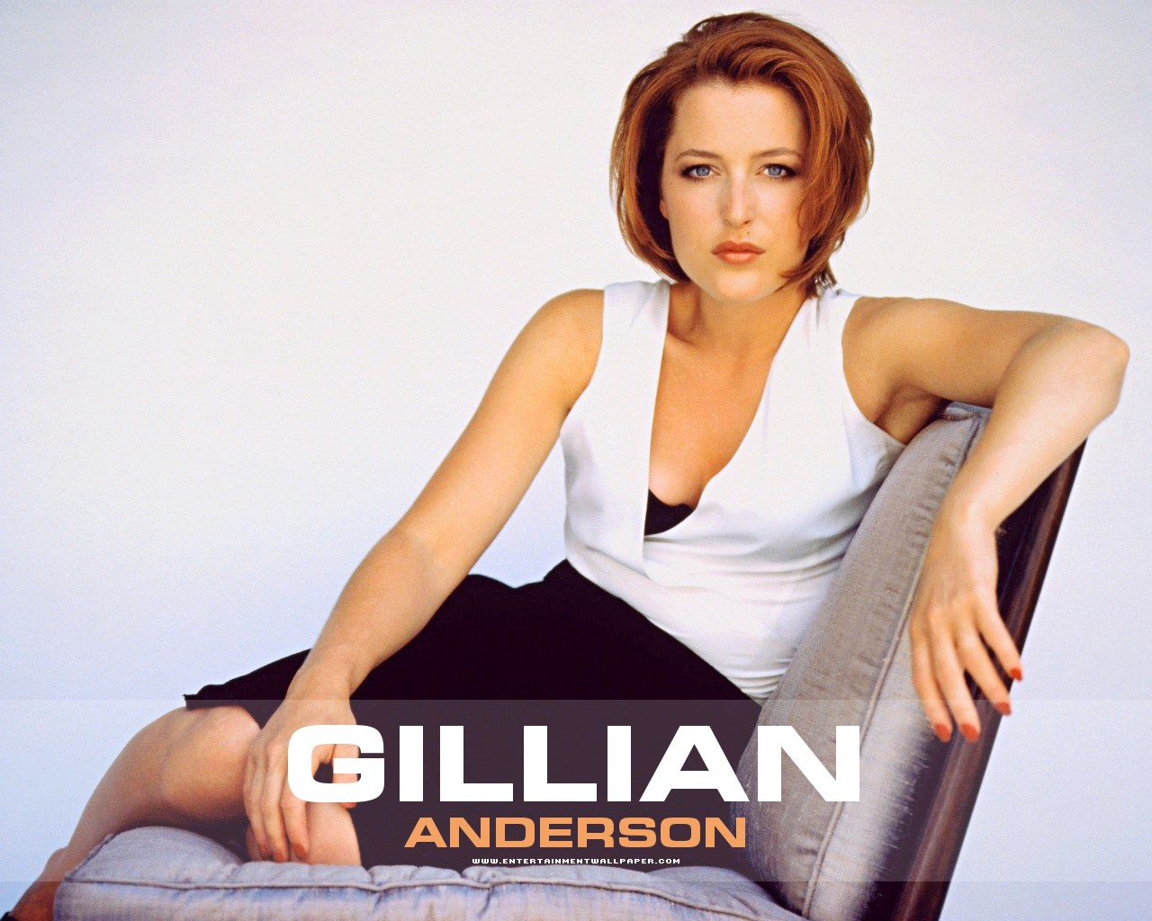 1280x1024 - Gillian Anderson Wallpapers 9