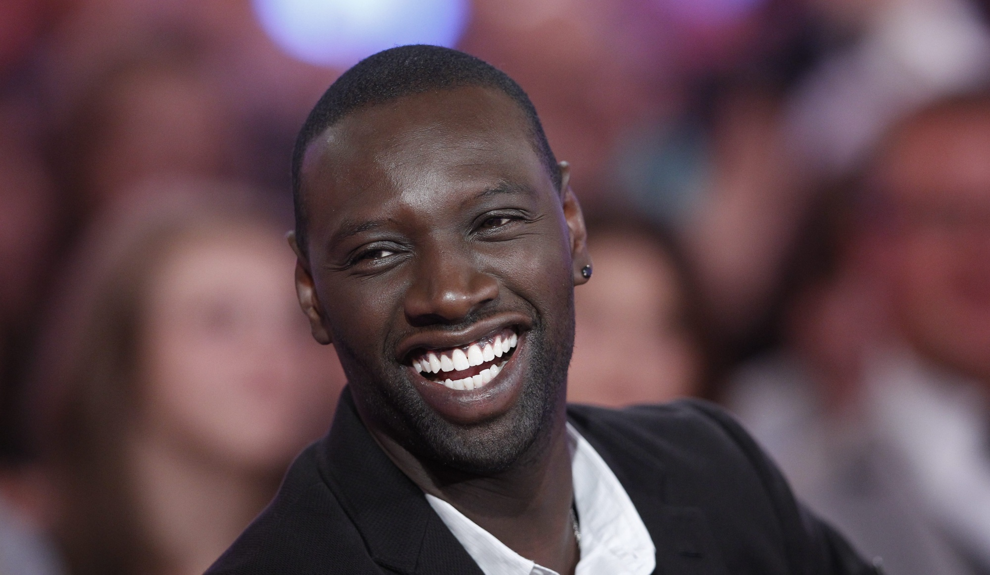 2000x1162 - Omar Sy Wallpapers 7
