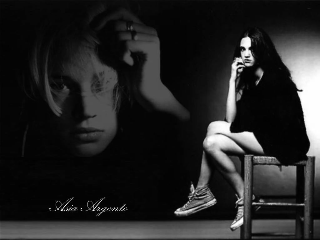 1024x768 - Asia Argento Wallpapers 9