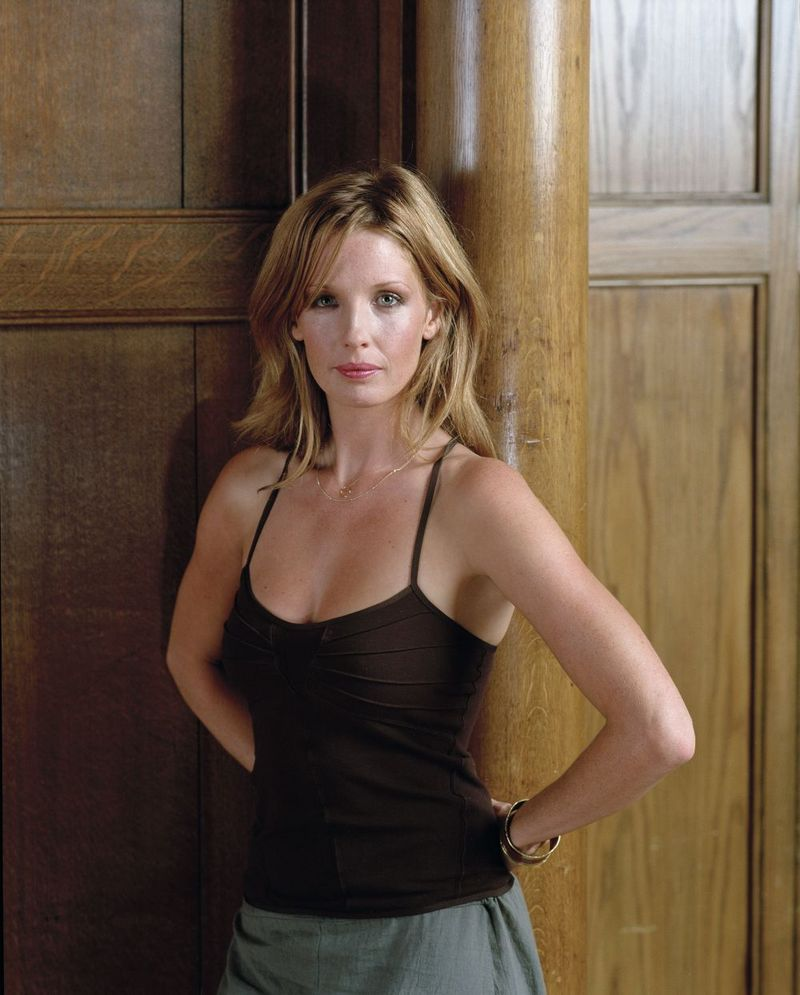 800x995 - Kelly Reilly Wallpapers 6