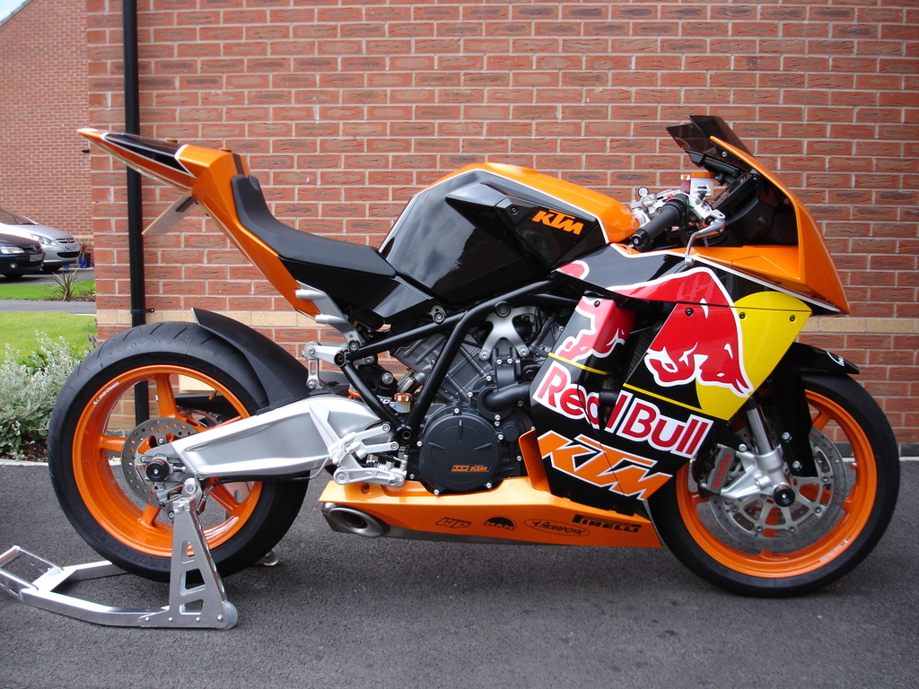 1024x768 - KTM RC8 Wallpapers 21
