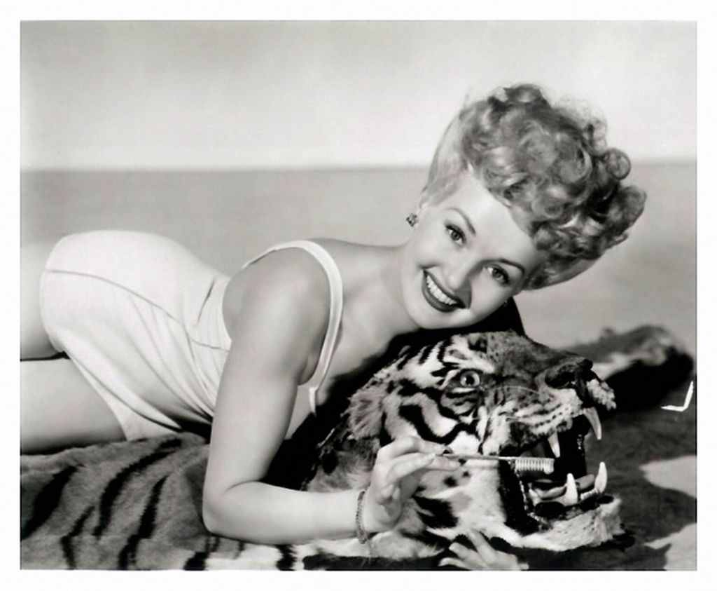 1024x843 - Betty Grable Wallpapers 26