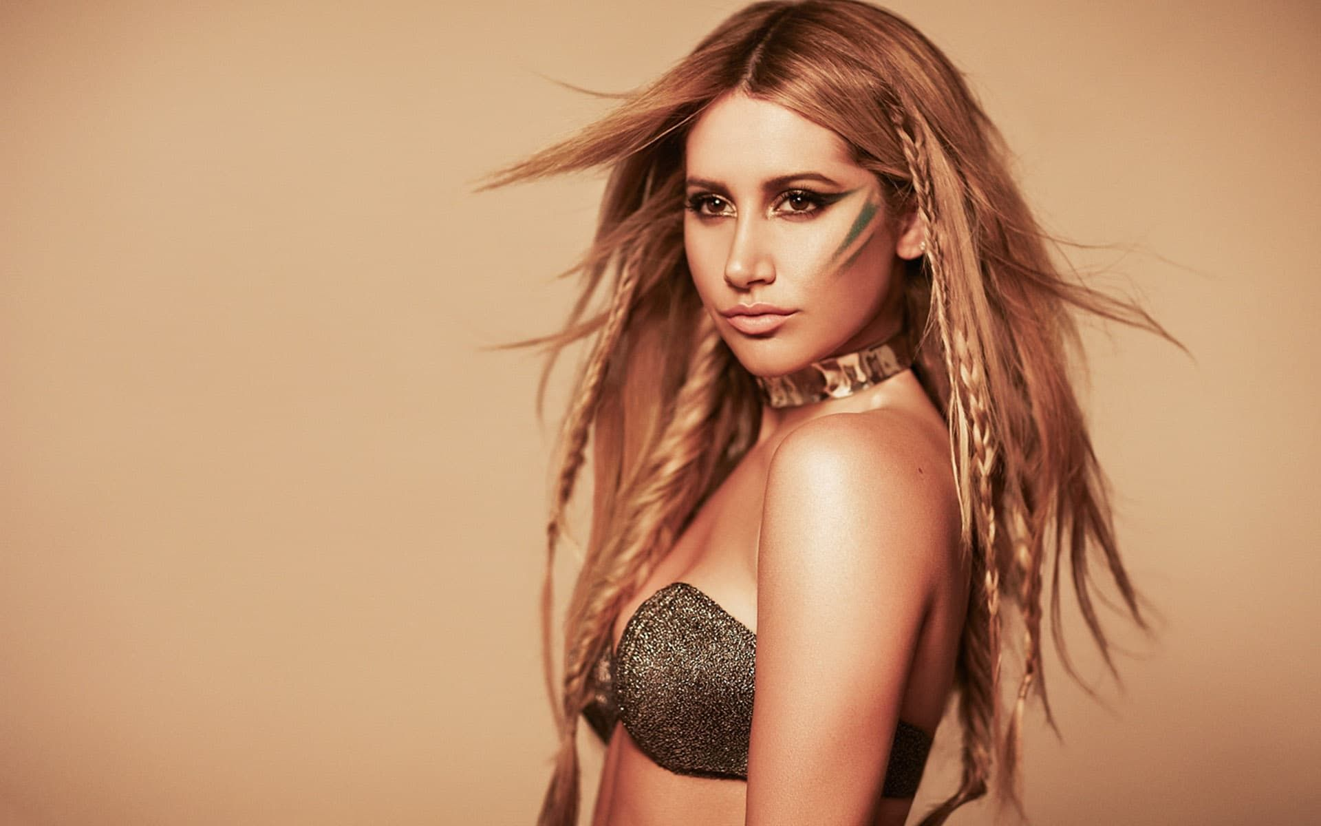 1920x1200 - Ashley Tisdale Wallpapers 29