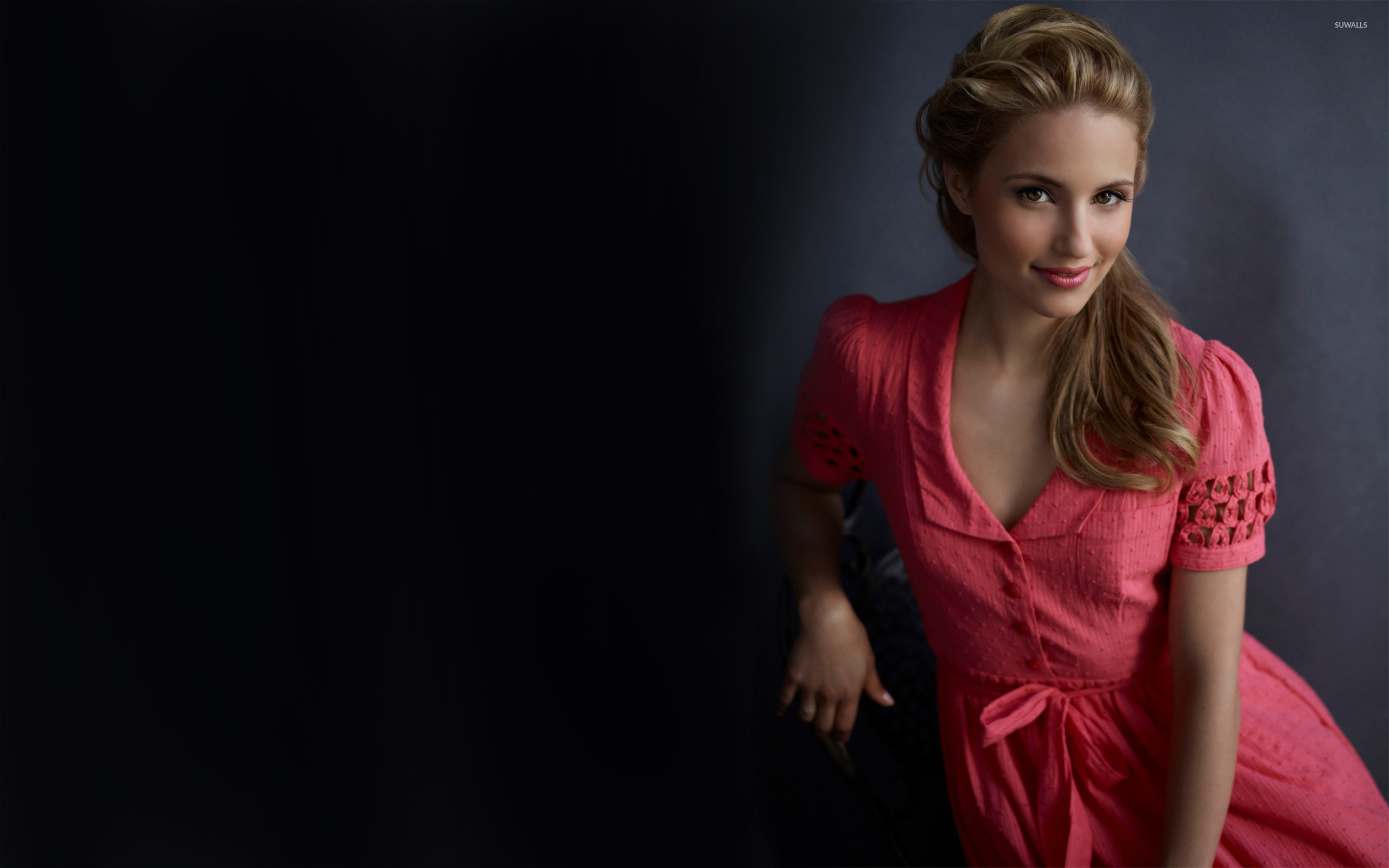 2560x1600 - Dianna Agron Wallpapers 12