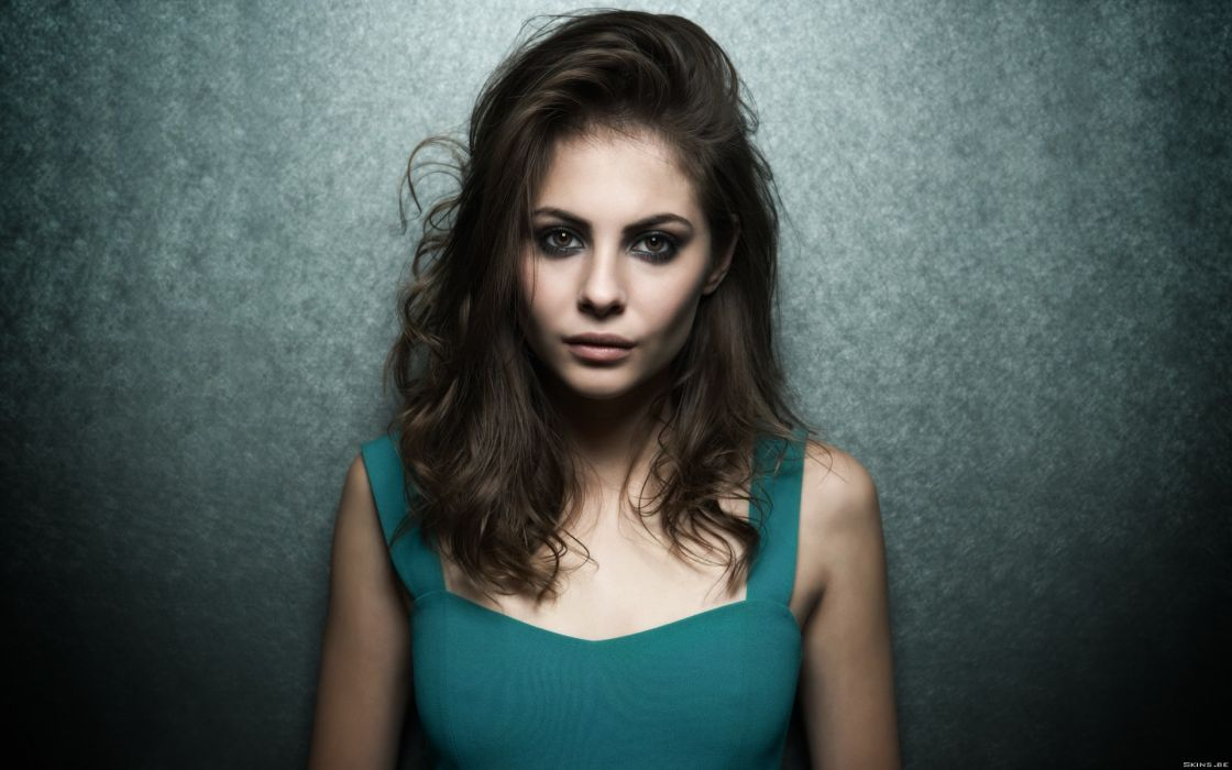 1120x700 - Willa Holland Wallpapers 16