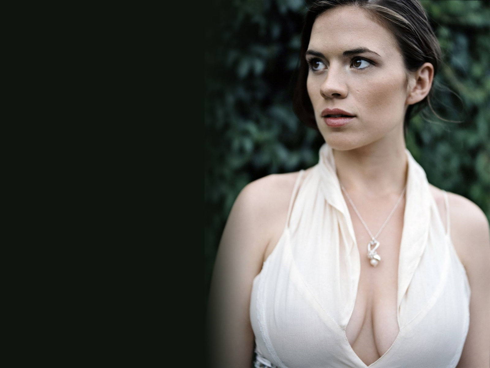 1600x1200 - Hayley Atwell Wallpapers 9