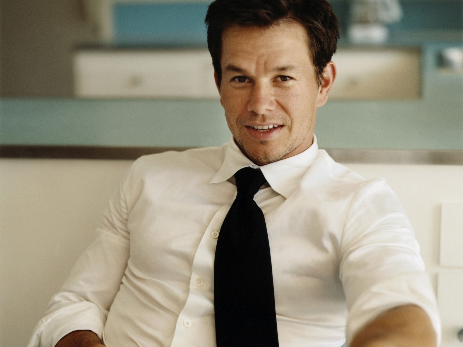 1600x1200 - Mark Wahlberg Wallpapers 9