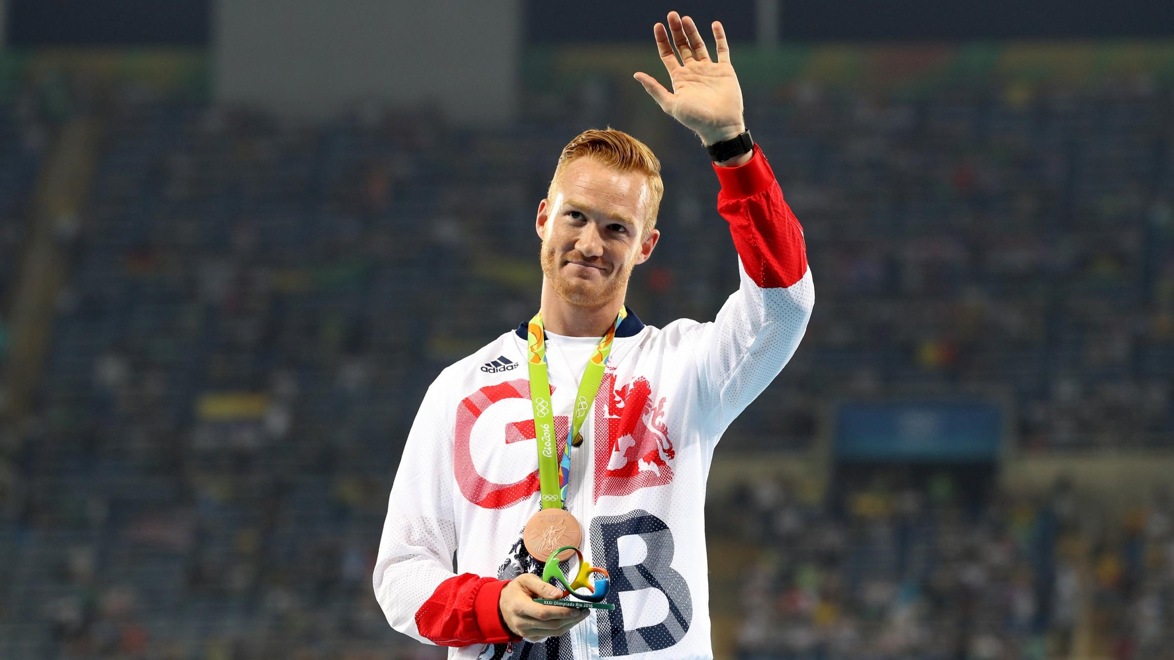 2400x1350 - Greg Rutherford Wallpapers 13