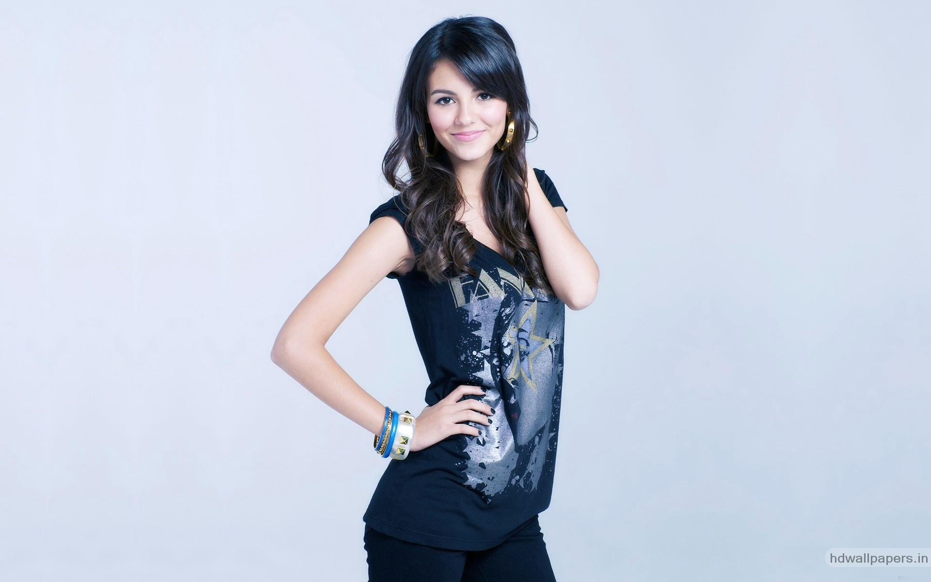 1920x1200 - Victoria Justice Wallpapers 8