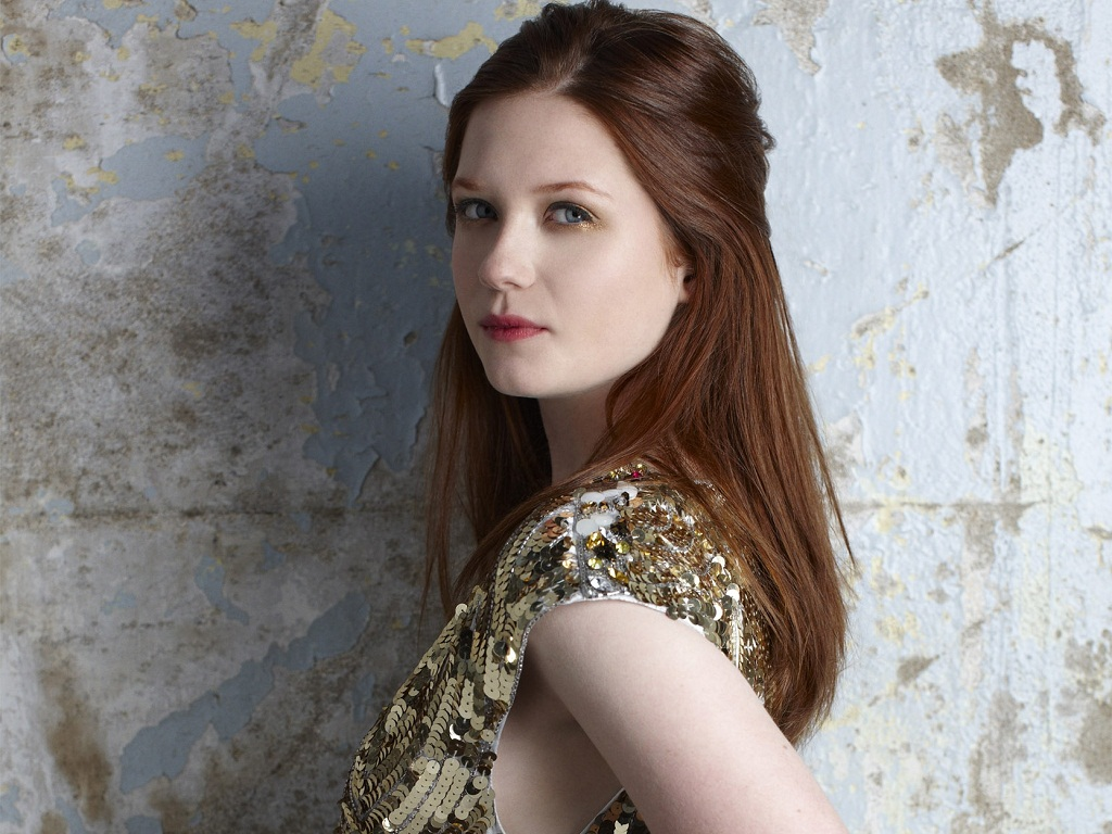 1024x768 - Bonnie Wright Wallpapers 20