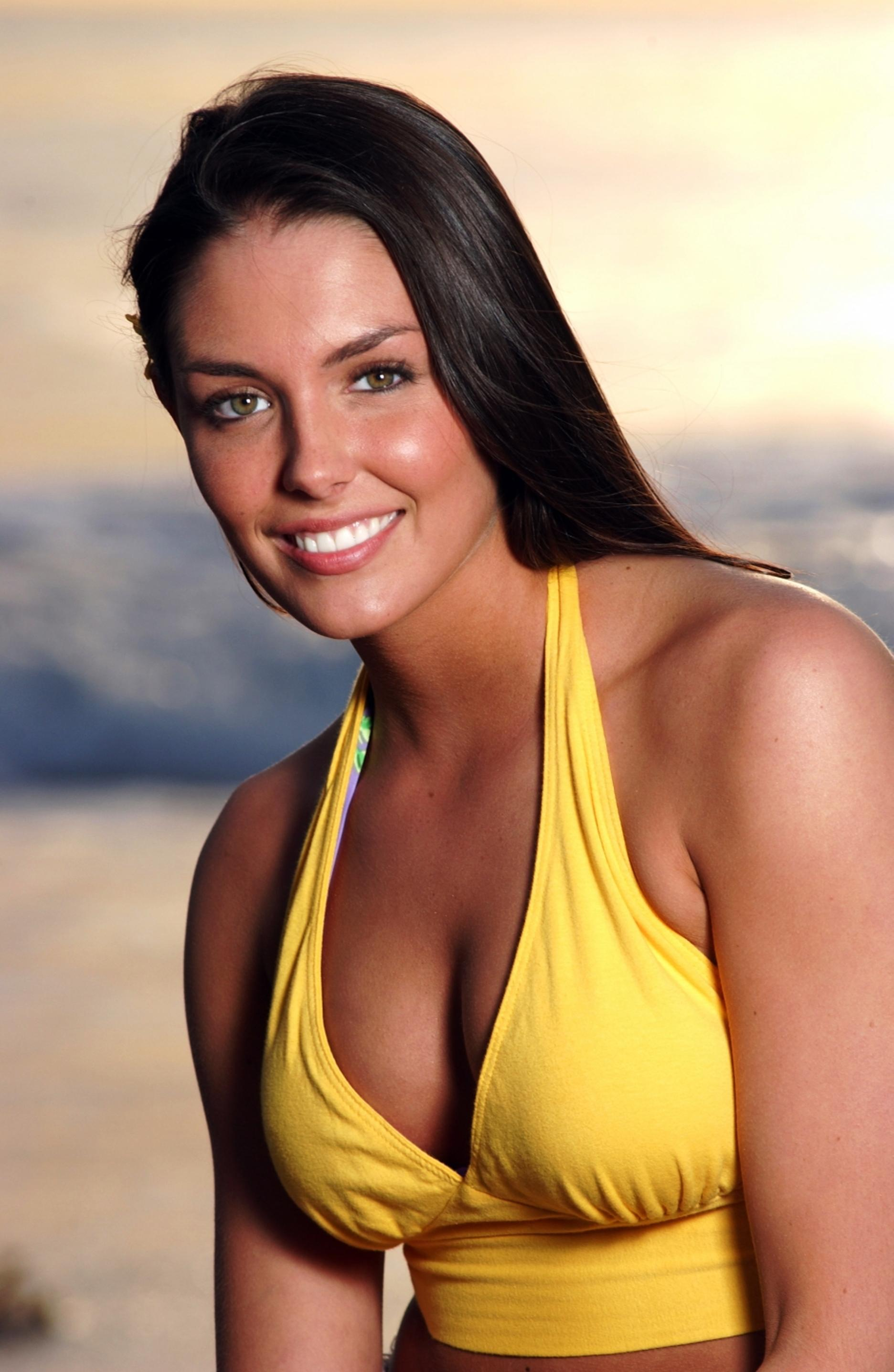 1872x2872 - Taylor Cole Wallpapers 26