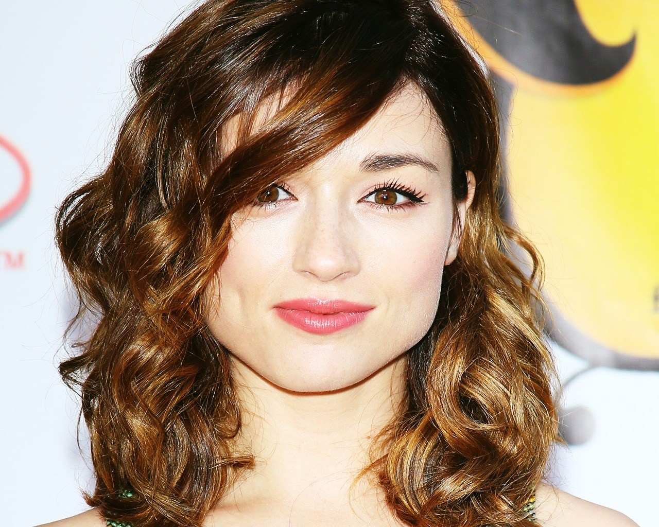 1280x1024 - Crystal Reed Wallpapers 24