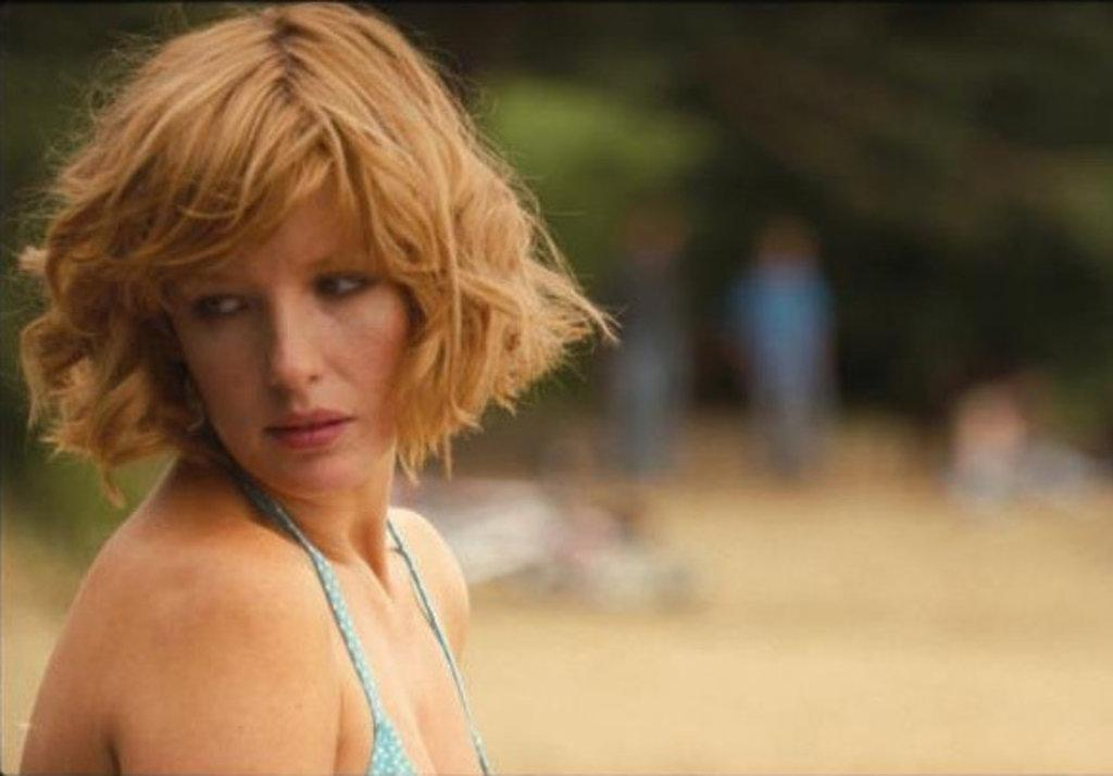 1024x714 - Kelly Reilly Wallpapers 10