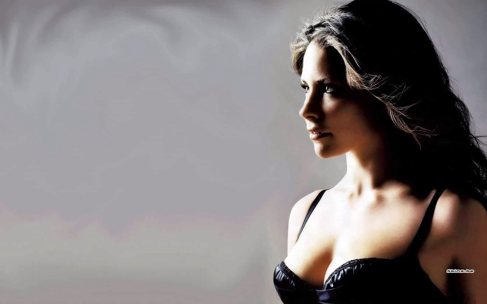 1600x1000 - Evangeline Lilly Wallpapers 6