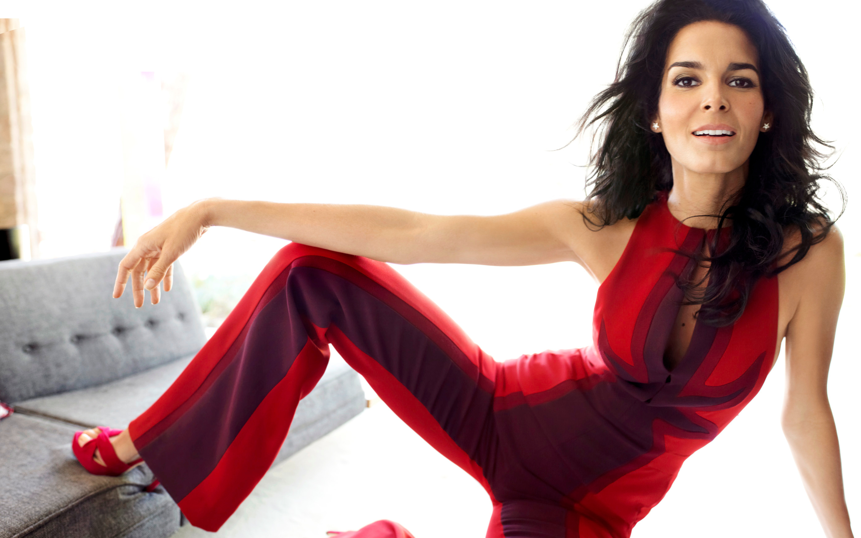 2880x1800 - Angie Harmon Wallpapers 2
