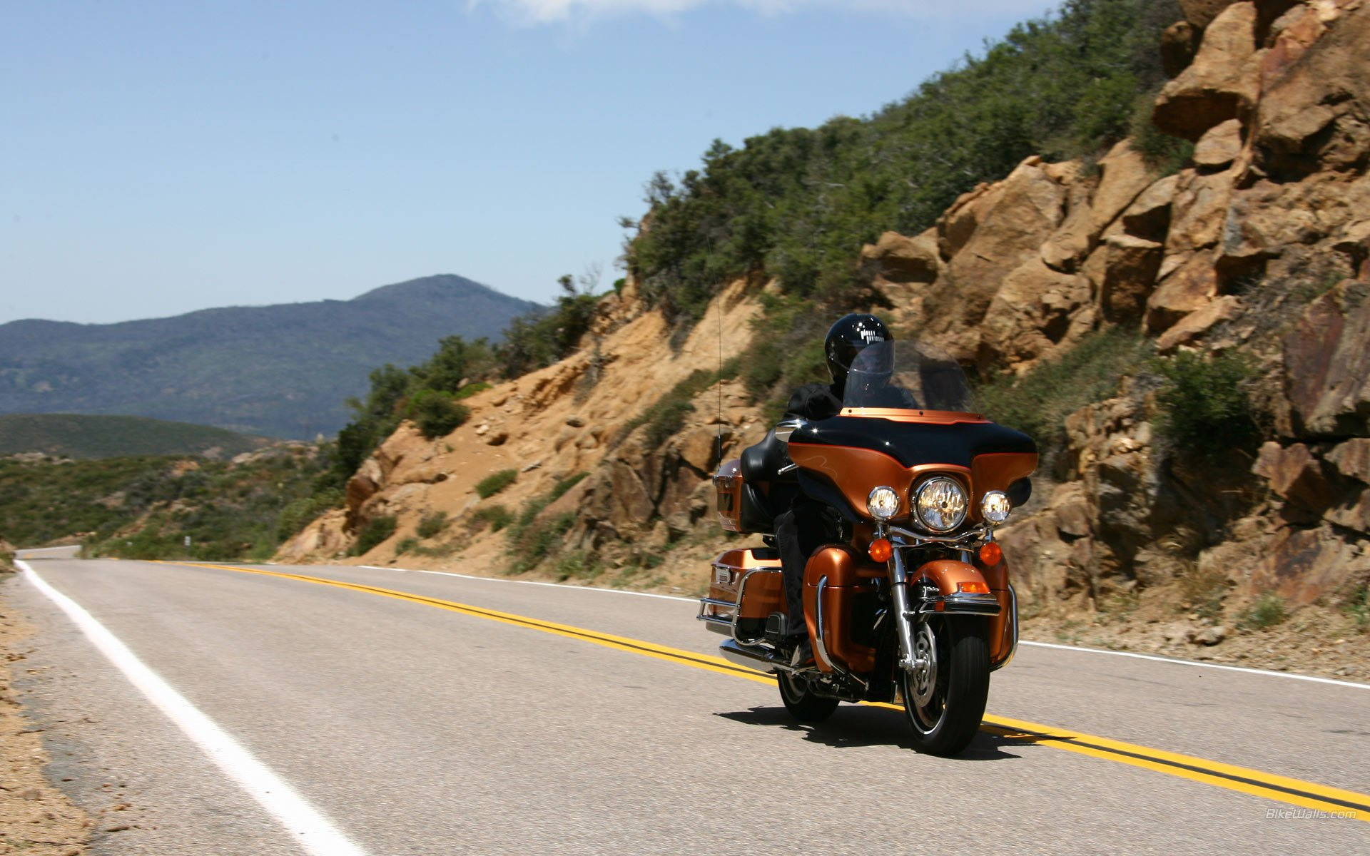 1920x1200 - Harley-Davidson Electra Glide Ultra Classic Wallpapers 8