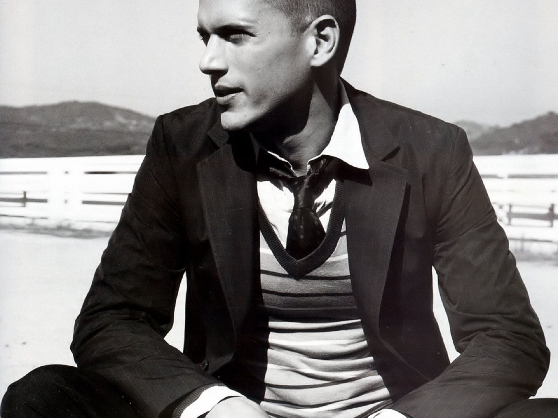 1920x1440 - Wentworth Miller Wallpapers 10