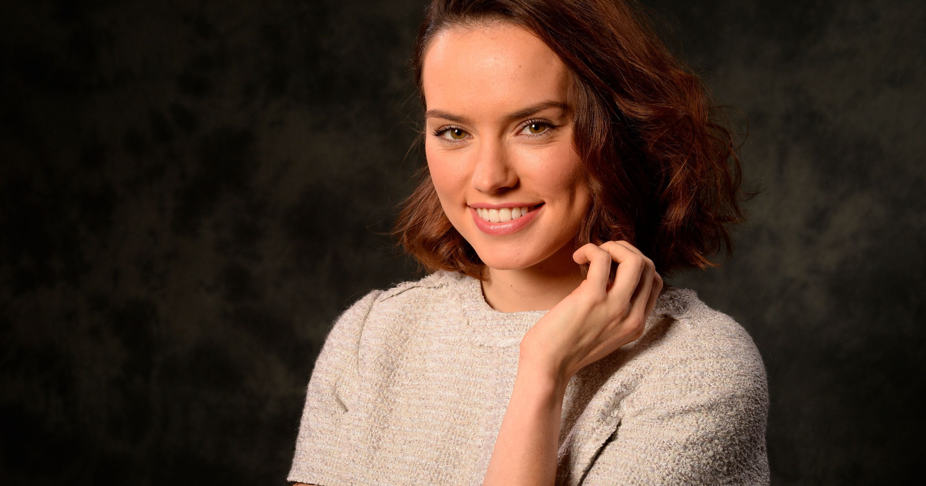 3200x1680 - Daisy Ridley Wallpapers 6