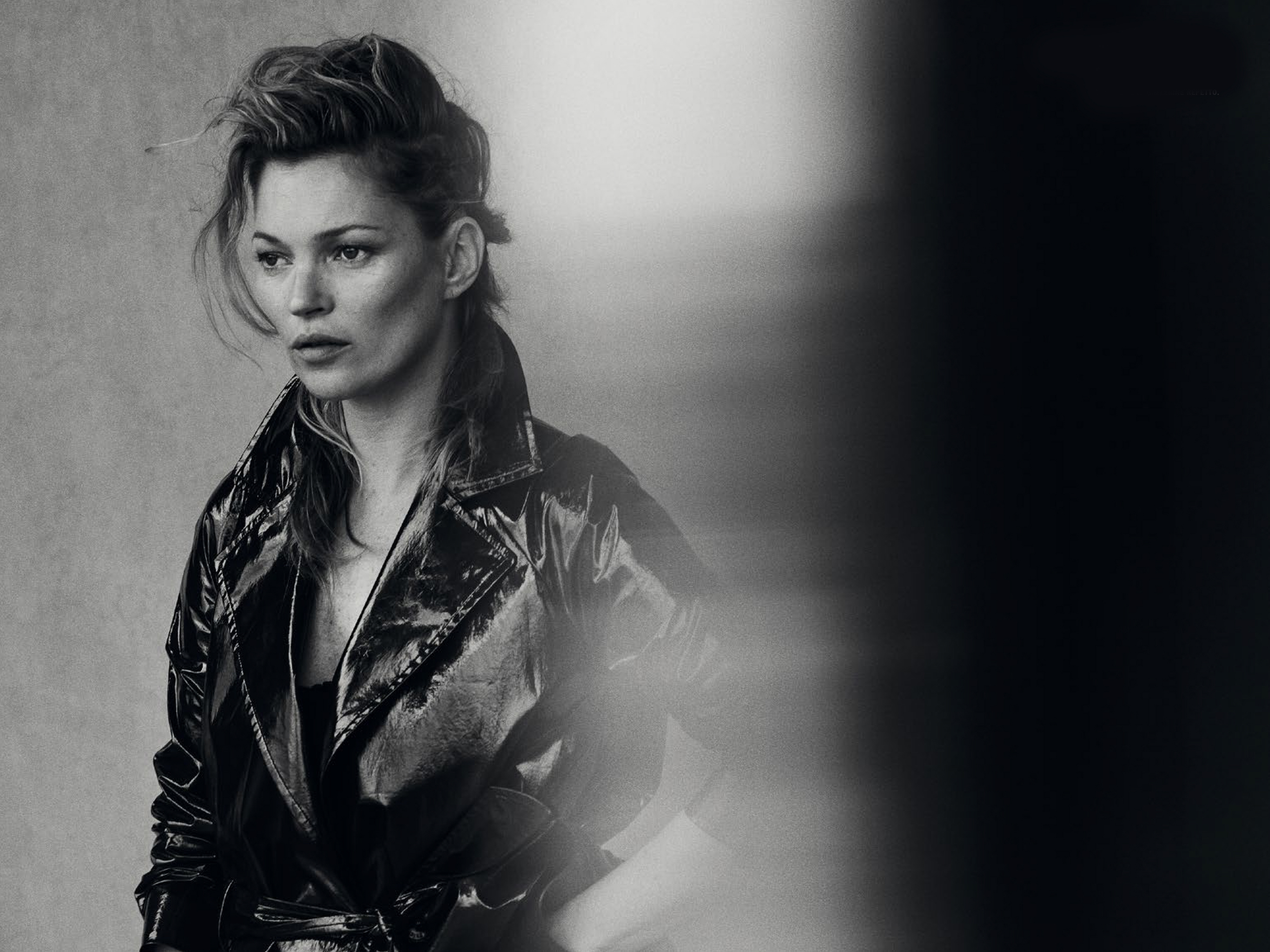 3700x2775 - Kate Moss Wallpapers 5