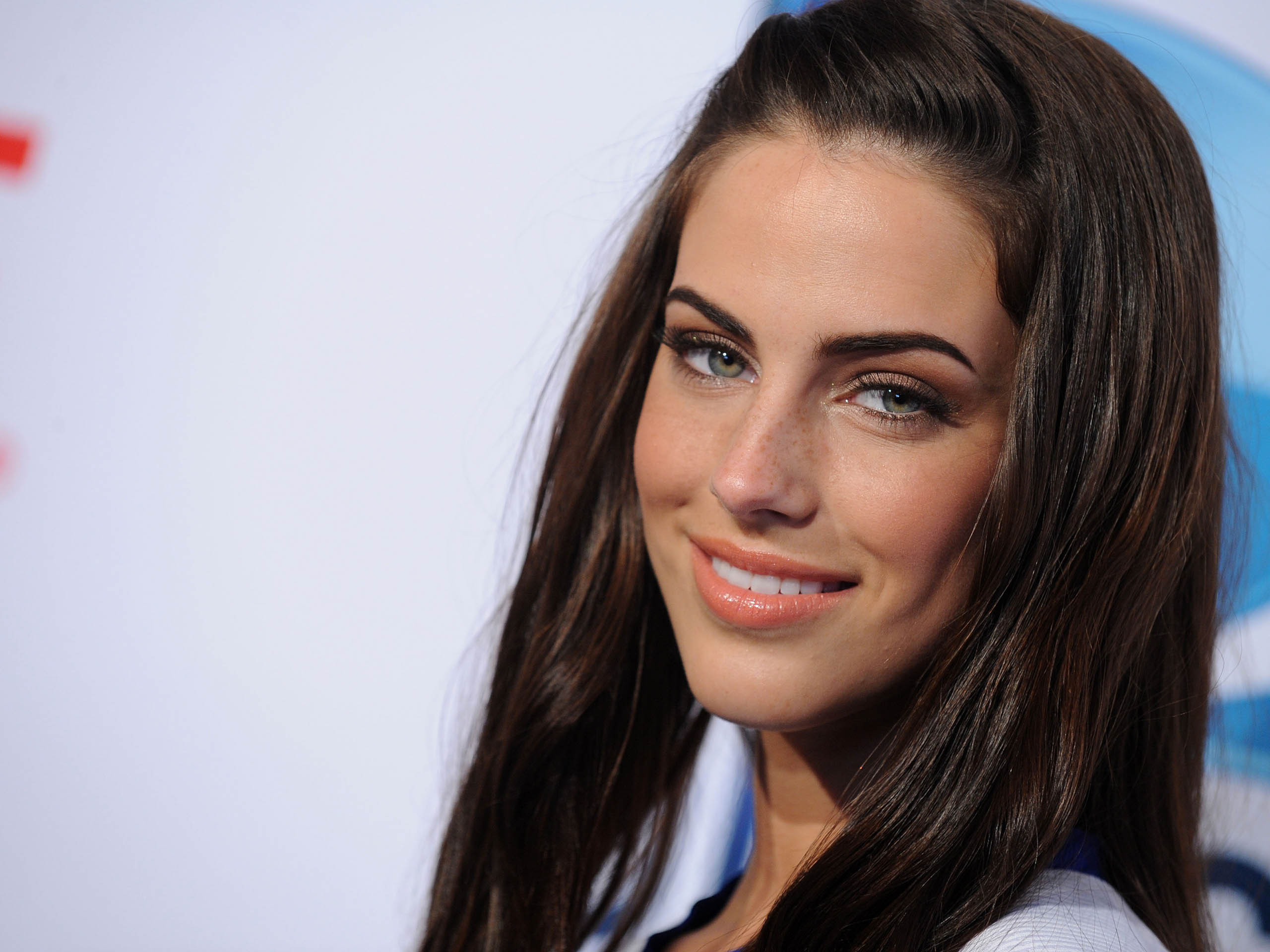 2560x1920 - Jessica Lowndes Wallpapers 7