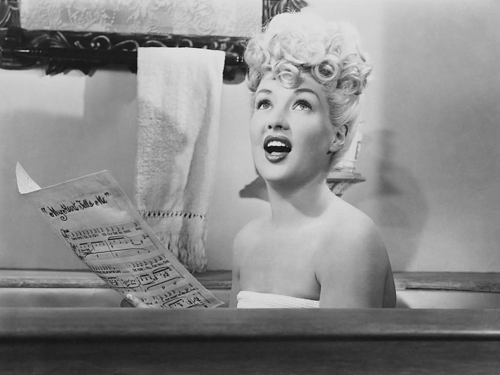 1024x768 - Betty Grable Wallpapers 16