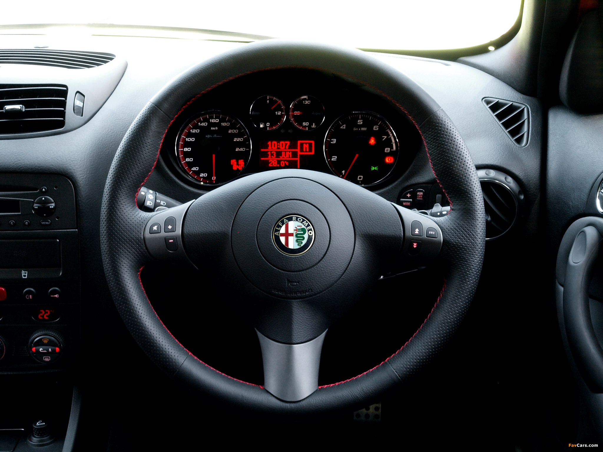 2048x1536 - Alfa Romeo 147 Wallpapers 31