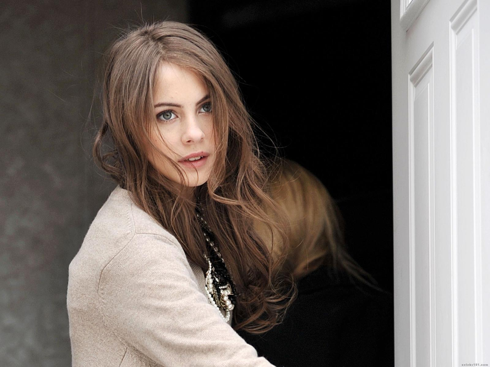 1600x1200 - Willa Holland Wallpapers 18