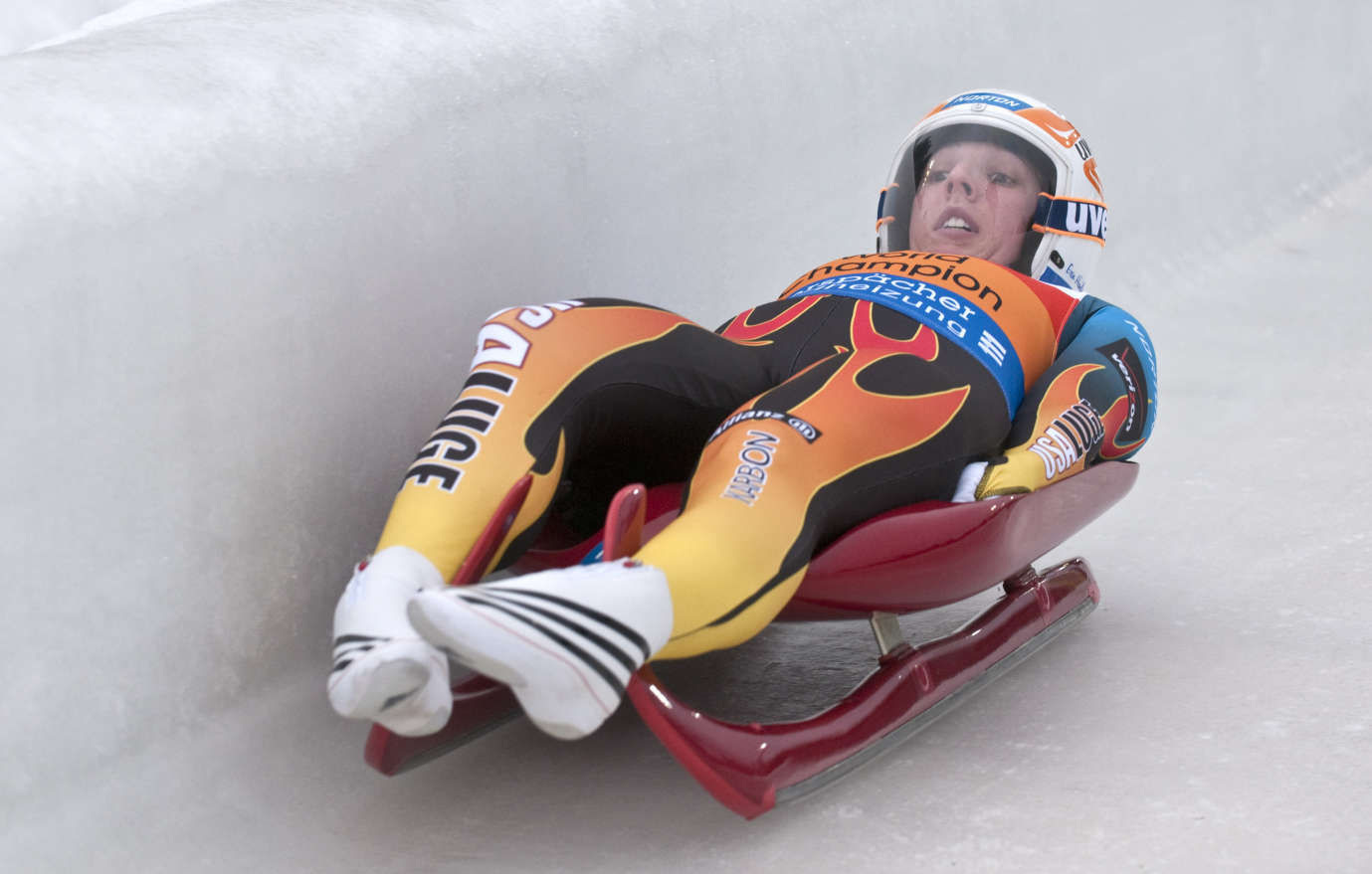 1379x879 - Luge Wallpapers 7
